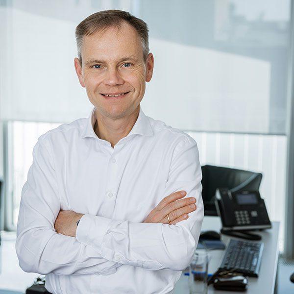Das Porträtfoto des Jürgen Niemann, Geschäftsführender Gesellschafter bei der Below Tippmann & Compagnie Personalberatung GmbH