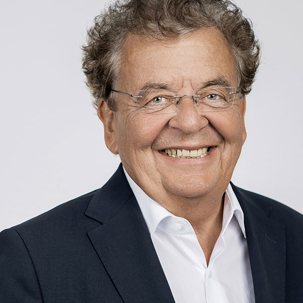 Das Porträtfoto von Michael Tippmann, Geschäftsführender Gesellschafter bei der Below Tippmann & Compagnie Personalberatung GmbH